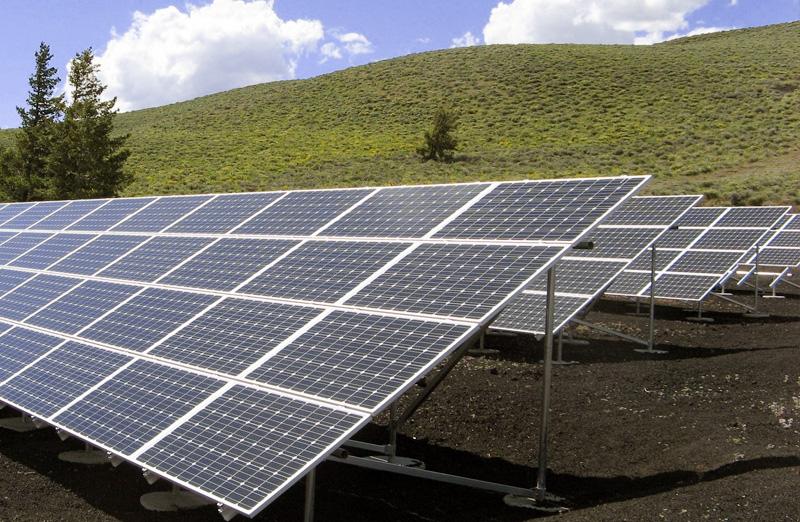 Zonnepanelen stroom uit zonne-energie